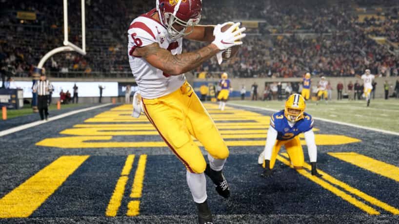 Former USC Wideout Michael Pittman brings down a touchdown against USC.