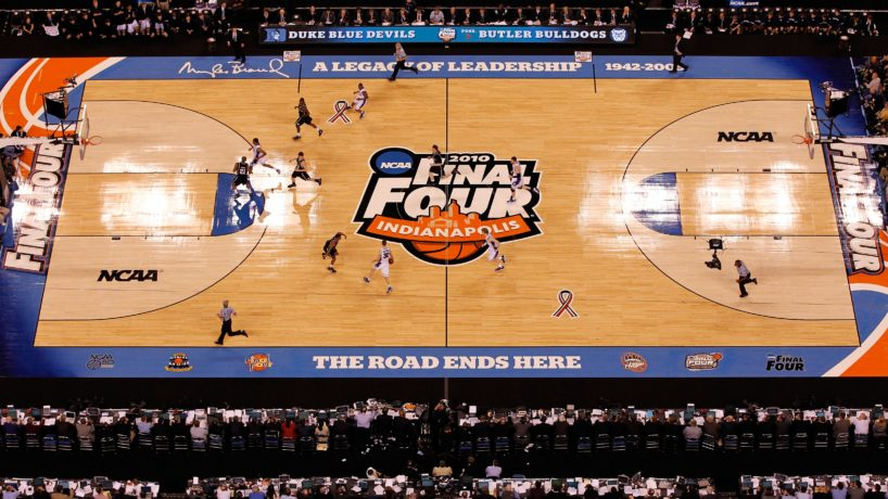 An overhead shot of the 2010 Final Four floor at Lucas Oil Stadium in the championship between Butler and Duke