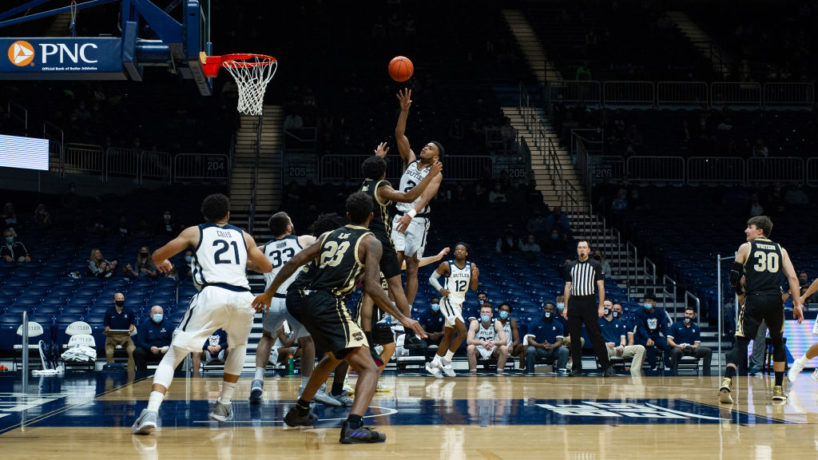 Aaron Thompson puts up a floater for the Butler Bulldogs with Western Michigan guarding him in the paint