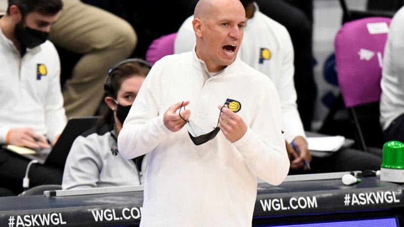 Pacers head coach Nate Bjorkgren talks on the sideline.