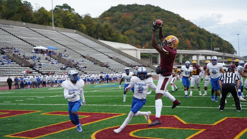 Charleston WR-Mike Strachan makes a catch in the end zone.