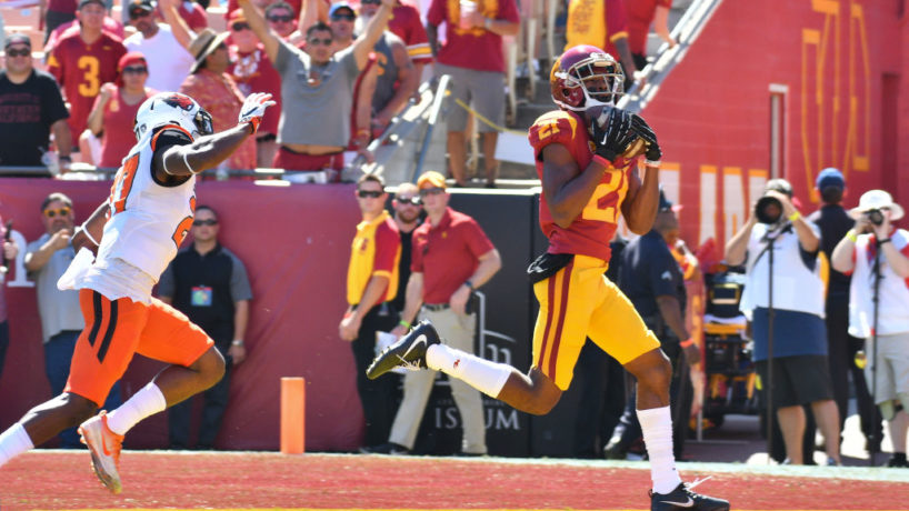 USC WR-Tyler Vaughns makes a catch.