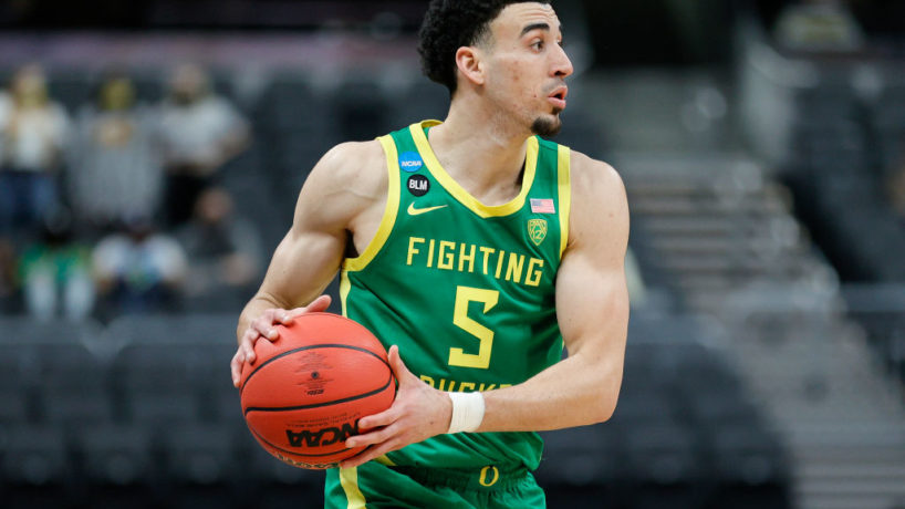 Oregon G-Chris Durate looks to dribble.
