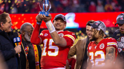 Mahomes holding trophy
