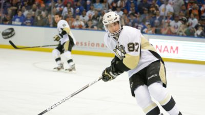 Pittsburgh Penguins activate Sidney Crosby from NHL's COVID-19 list; Penguins defeated by Flyers 4-3