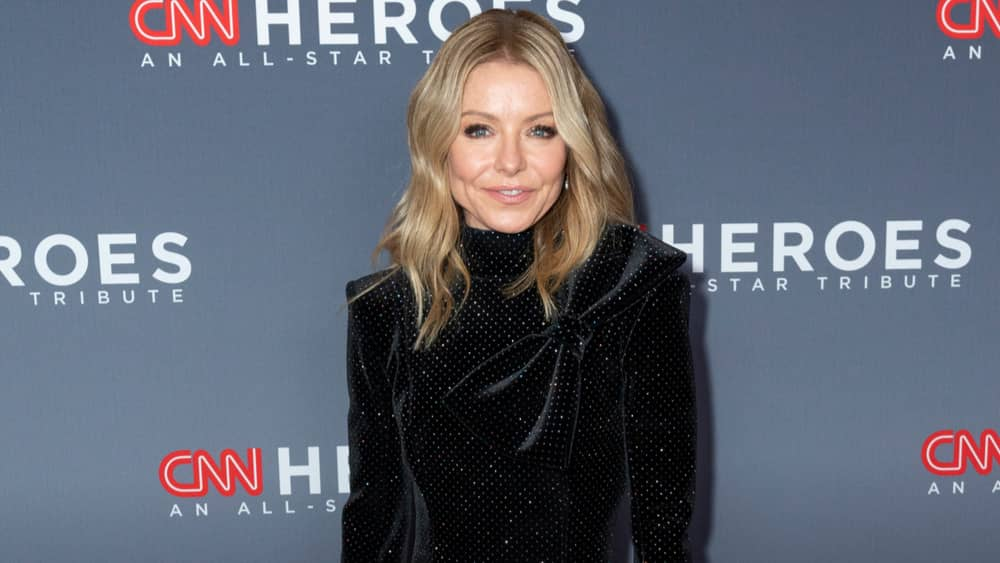 Kelly Ripa to release her first book of personal essays in 2022