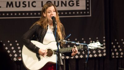 Jade Bird in the Dell Music Lounge