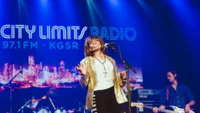 ACL Radio Blues on the Screen Performance