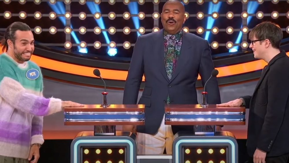 Celebrity Family Feud Featuring Weezer and Fall Out Boy