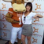 Deb-Horns-Down-With-Hookem