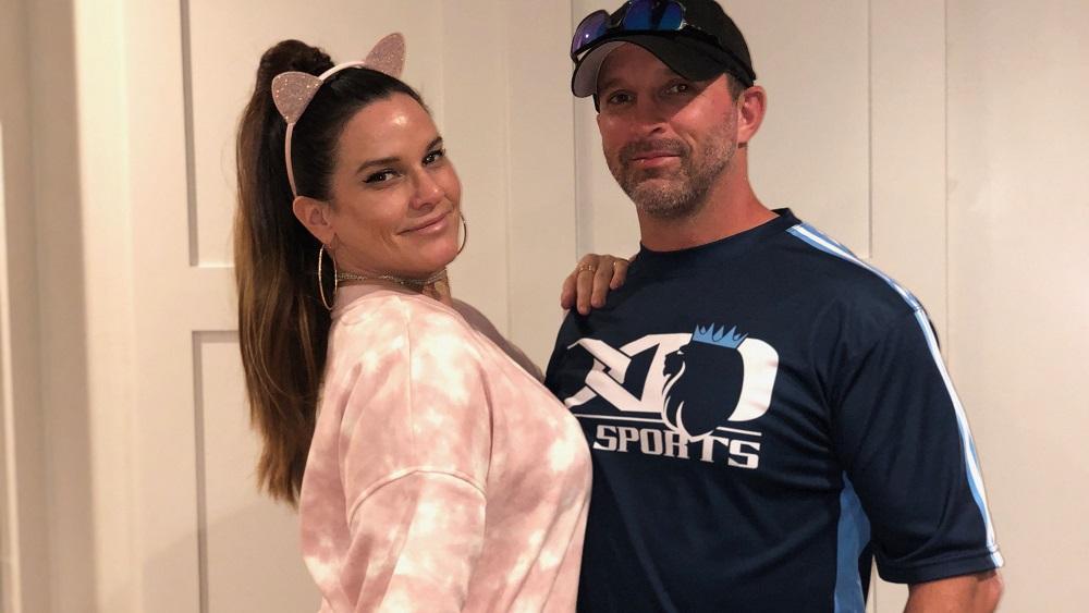 Deb dressed like ariana grande for halloween with her boyfriend a softball player