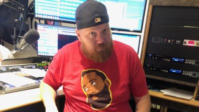 jason showing off his big bushy beard in studio
