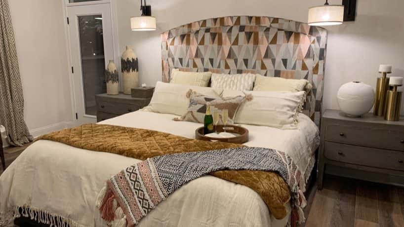PC: LUXE Interior. Flex suite bedroom in Center Piece Home.