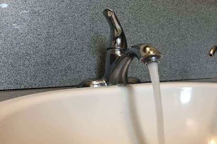 running water in sink (Berman/WIBC)