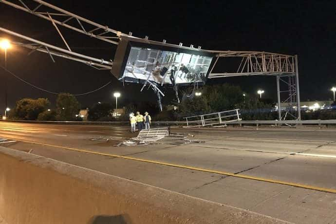 Photo of damage highway sign. Photo by RTV6.