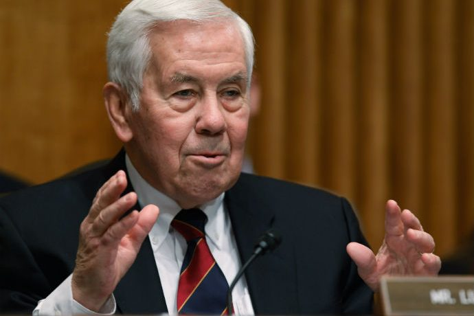 Senator Richard Lugar addresses Congress