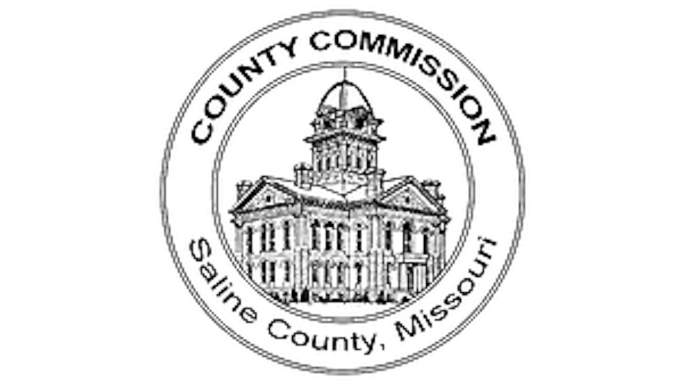COMMISSIONERS APPROVE LEASE FOR ROAD GRADERS