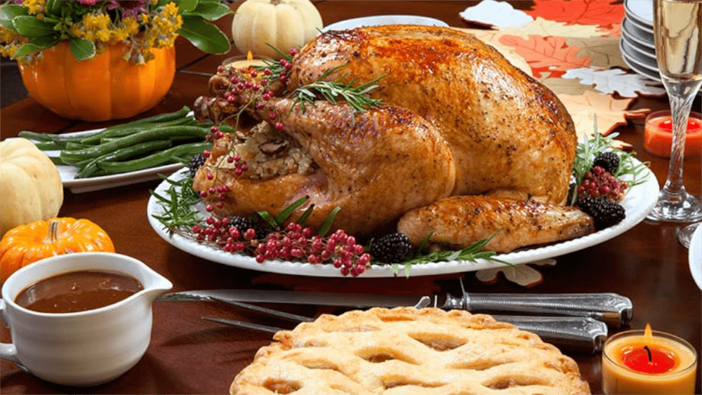 SPONSOR AN AIRMAN THIS HOLIDAY SEASON AND ENSURE THEY RECEIVE A HOLIDAY MEAL