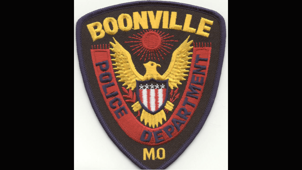 BOONVILLE AUTHORITIES GIVE RESIDENTS AN OPPORTUNITY TO PROPERLY DISPOSE PRESCRIPTION DRUGS