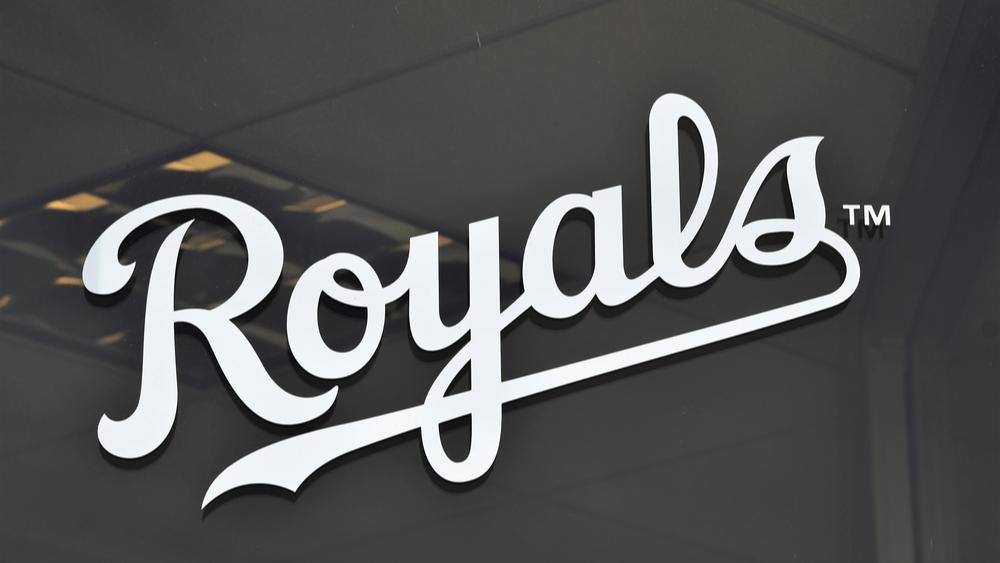 Kansas City Royals Salvador Perez ties the single-season record for most home runs by a catcher