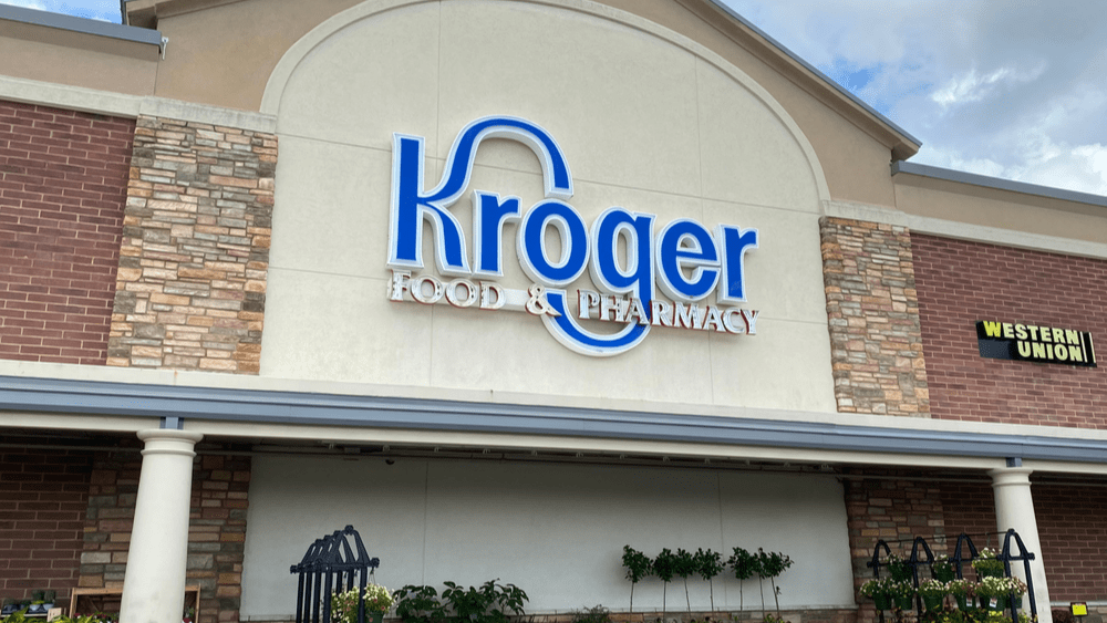 2 dead, 13 hurt in shooting at Kroger grocery store near Memphis, Tennessee