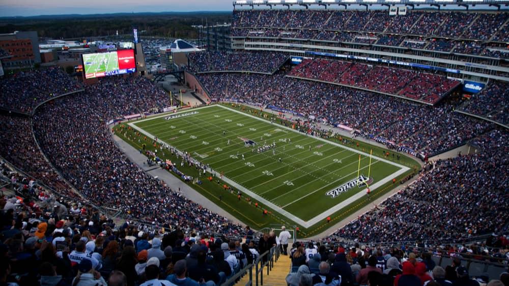 New York Jets QB Zach Wilson to undergo MRI on injured knee after Sunday's loss vs. Patriots