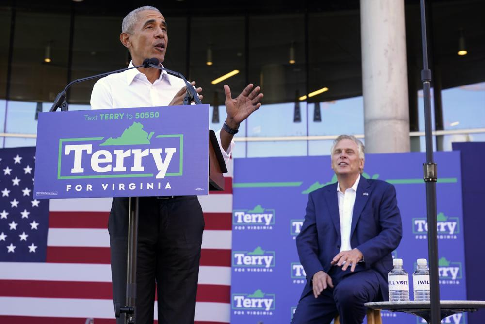 Obama stumps for McAuliffe in tight governor's race