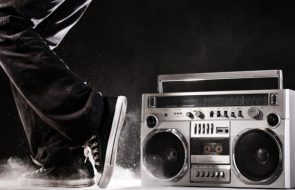 Noname Releases New Album 'Room 25'