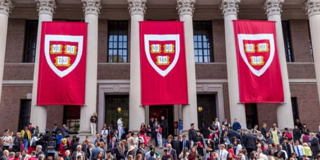 Harvard, MIT Suing To Block ICE From Removing Student Visas For Online Instruction