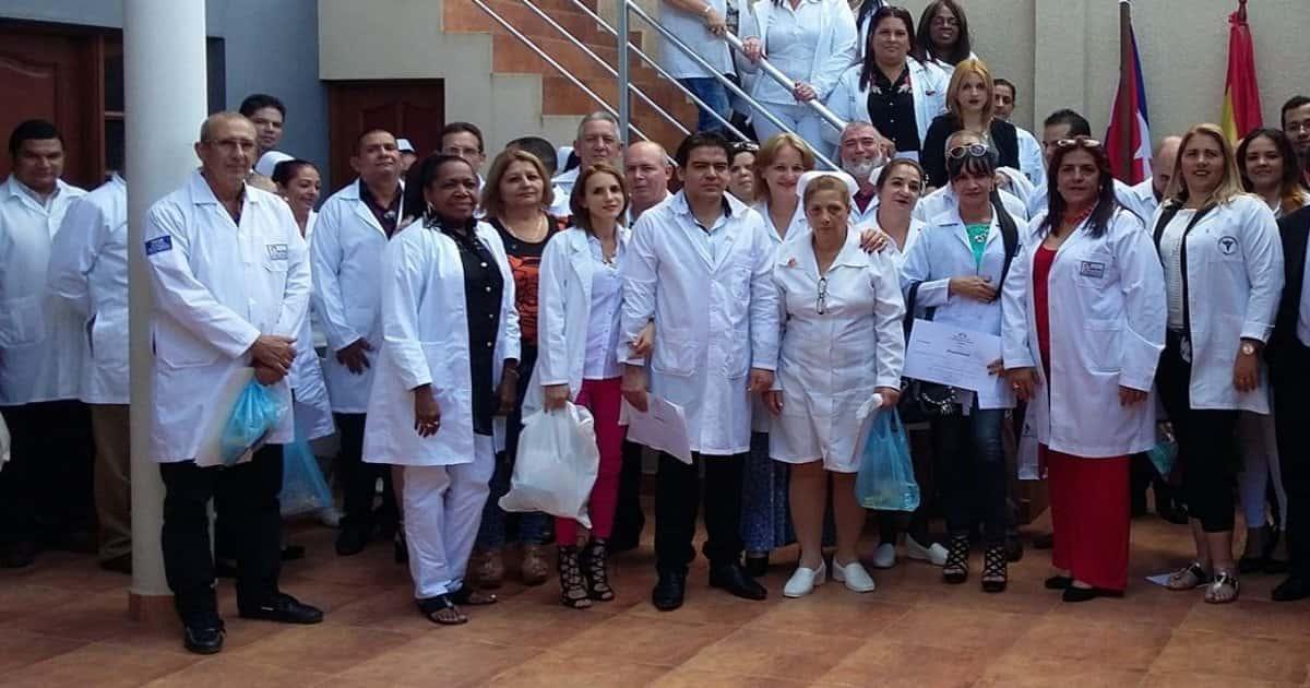 1573807986-marchan-725-medicos-funcionarios-cubanos-bolivia