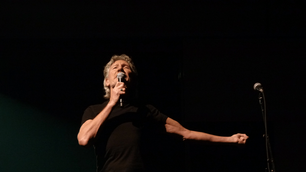 roger waters unveils track listing of new album 100 7 wzxl. Black Bedroom Furniture Sets. Home Design Ideas