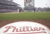 Phillies fans anger Yankees mgr.