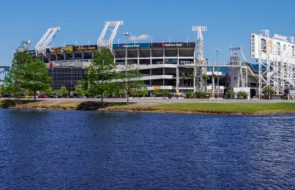 Six Shot Near Jacksonville Jaguars Stadium Before NFL Game; 3 Reported In Critical Condition