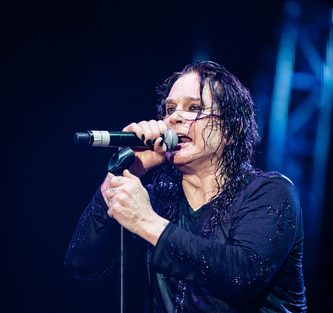 Ozzy cancels two upcoming dates because of illness