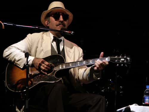rip singer songwriter leon redbone 100 7 wzxl. Black Bedroom Furniture Sets. Home Design Ideas
