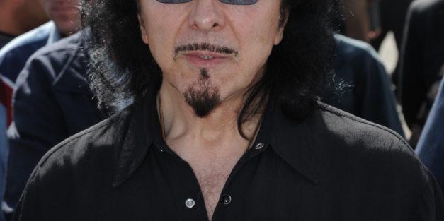 Happy birthday Tony Iommi (73)