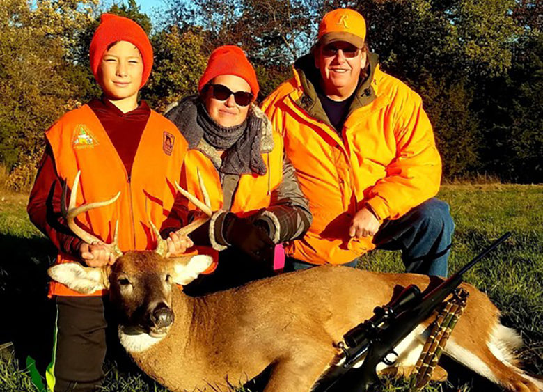 MDC reminds young hunters early youth deer firearms season begins Oct. 31