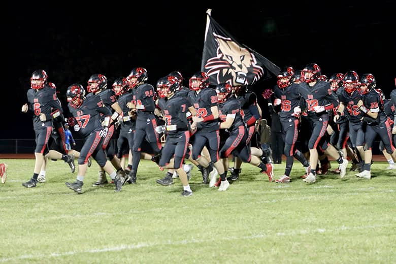 Bobcats stay alive after week one district win