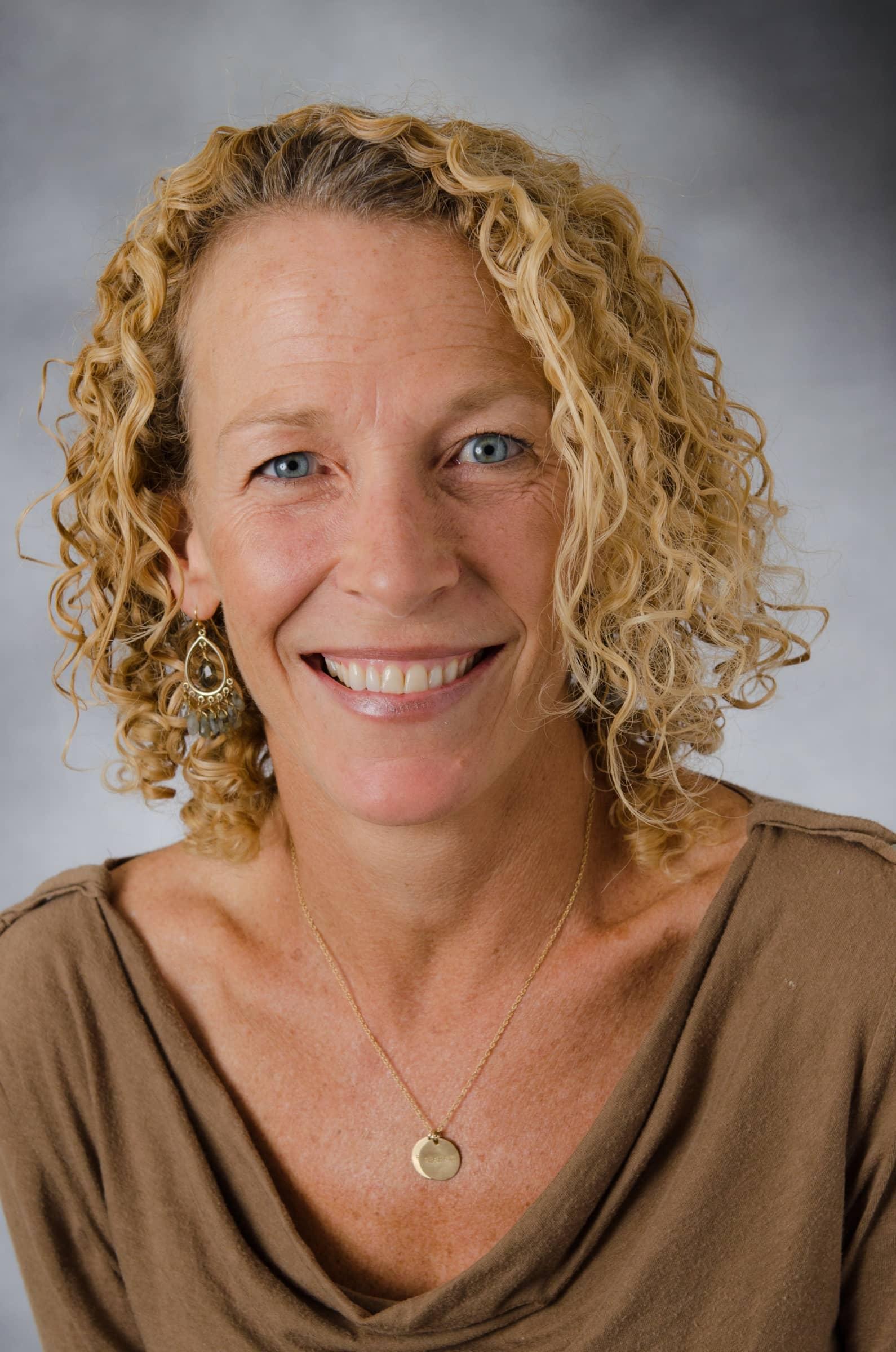 Elizabeth Lowe, M.D.