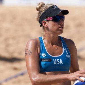 Tokyo Olympics: U.S. beach volleyball duo April Ross and Alix Klineman defeat Switzerland to reach finals