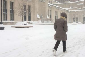 Snowstorm Hits Mid-Atlantic Region; At Least 7 Dead In Midwest