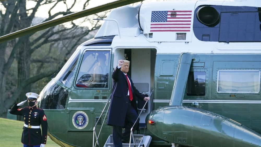 President Trump boards Marine One