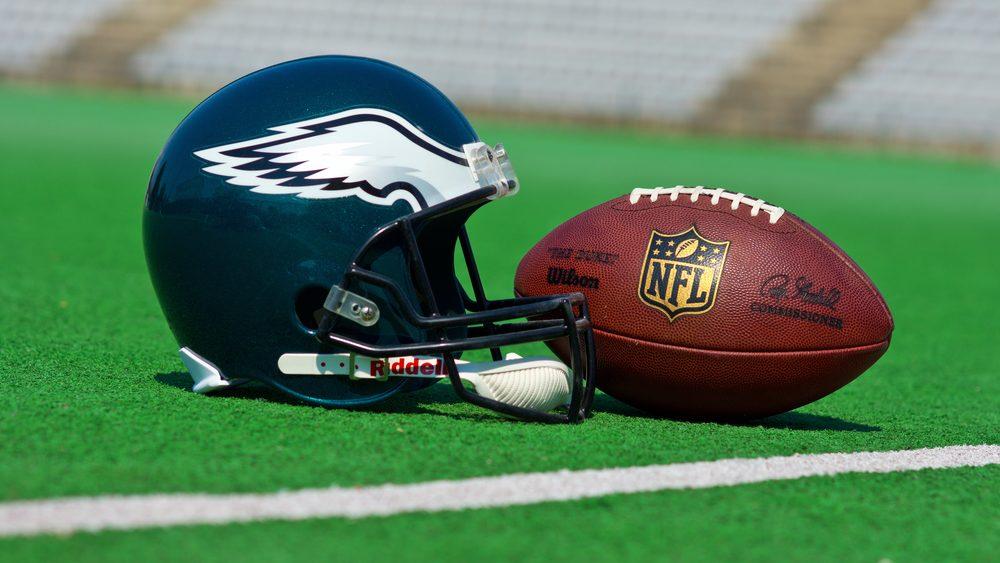 Philadelphia Eagles helmet