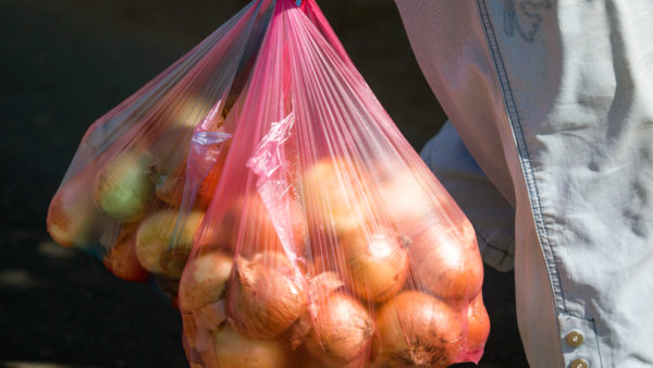 CDC: Throw Away Your Onions if You Don't Know Where They Came From