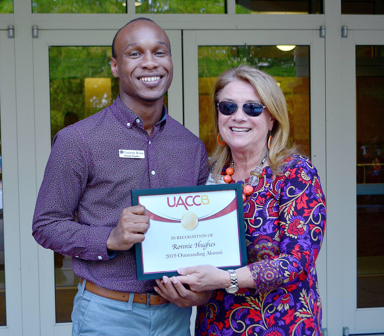 DSC_0218t UACCB Community Picnic award presentaiton Hughes