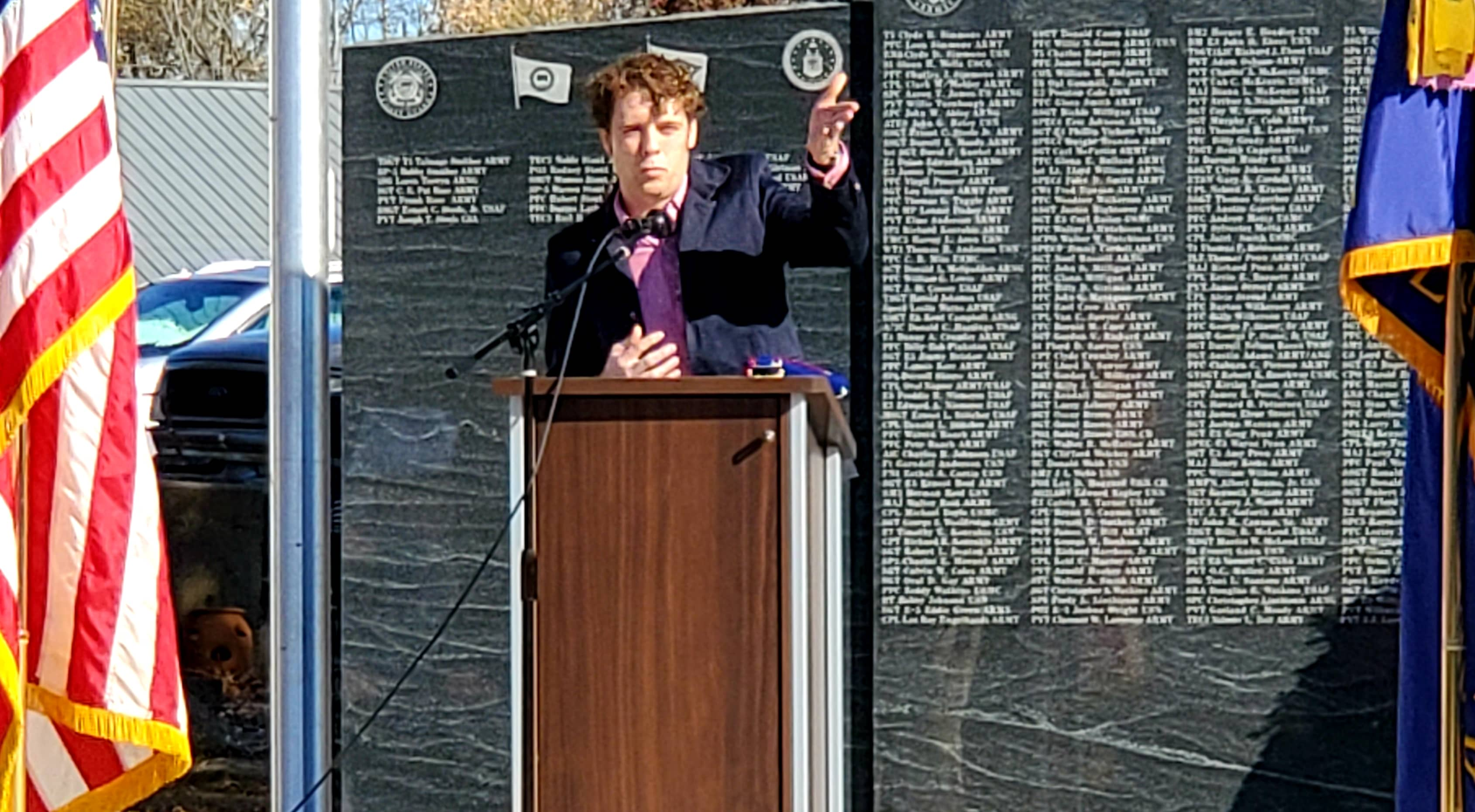 Cave City Mayor Jonas Anderson Dedicates the New Memorial.jpg
