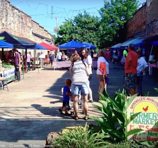 MSB Farmers Market_crowd.jpeg