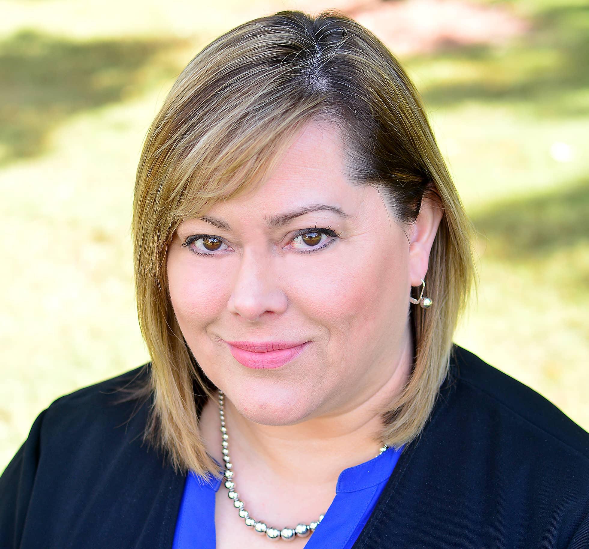 Debbie Wyatt.jpg