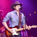 Jon Pardi ordered on vocal rest by doctor; forced to cancel June concert dates