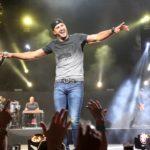 Dustin Lynch, Ashley McBryde, Riley Green & more added to final lineup of Luke Bryan's 2022 'Crash My Playa Festival'
